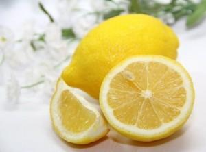 лимон против акне